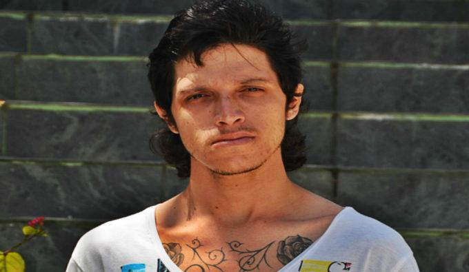 Rafael, un fan de Black Metal norvégien à Cuba